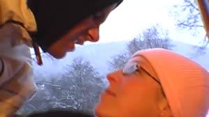 Sex film - Blondje met bril krijgt voor het eerst een pik in haar kont